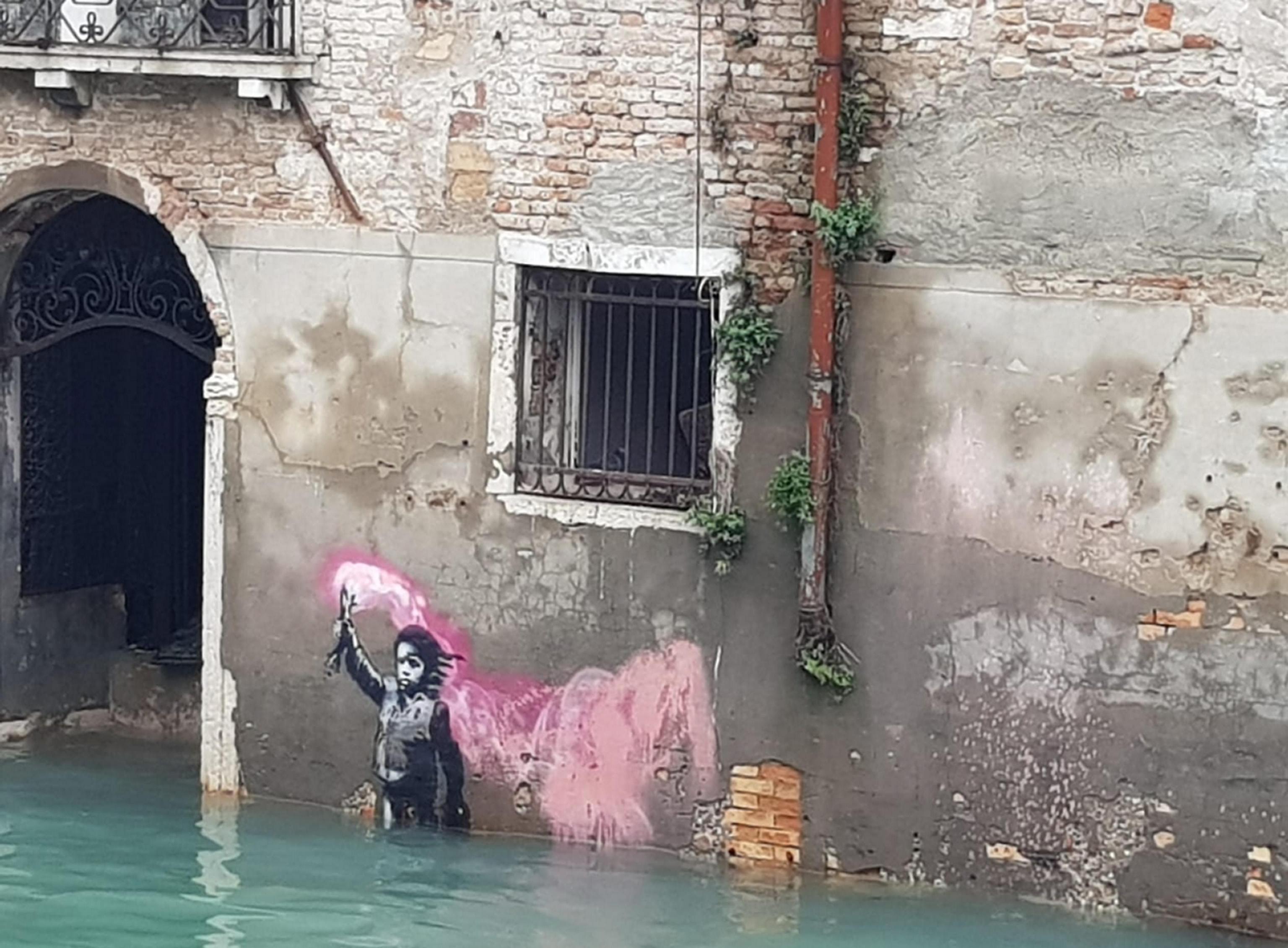 flooding-in--2 Σε κατάσταση καταστροφής η Βενετία - Η δεύτερη μεγαλύτερη πλημμύρα στην ιστορία της (φωτογραφίες)