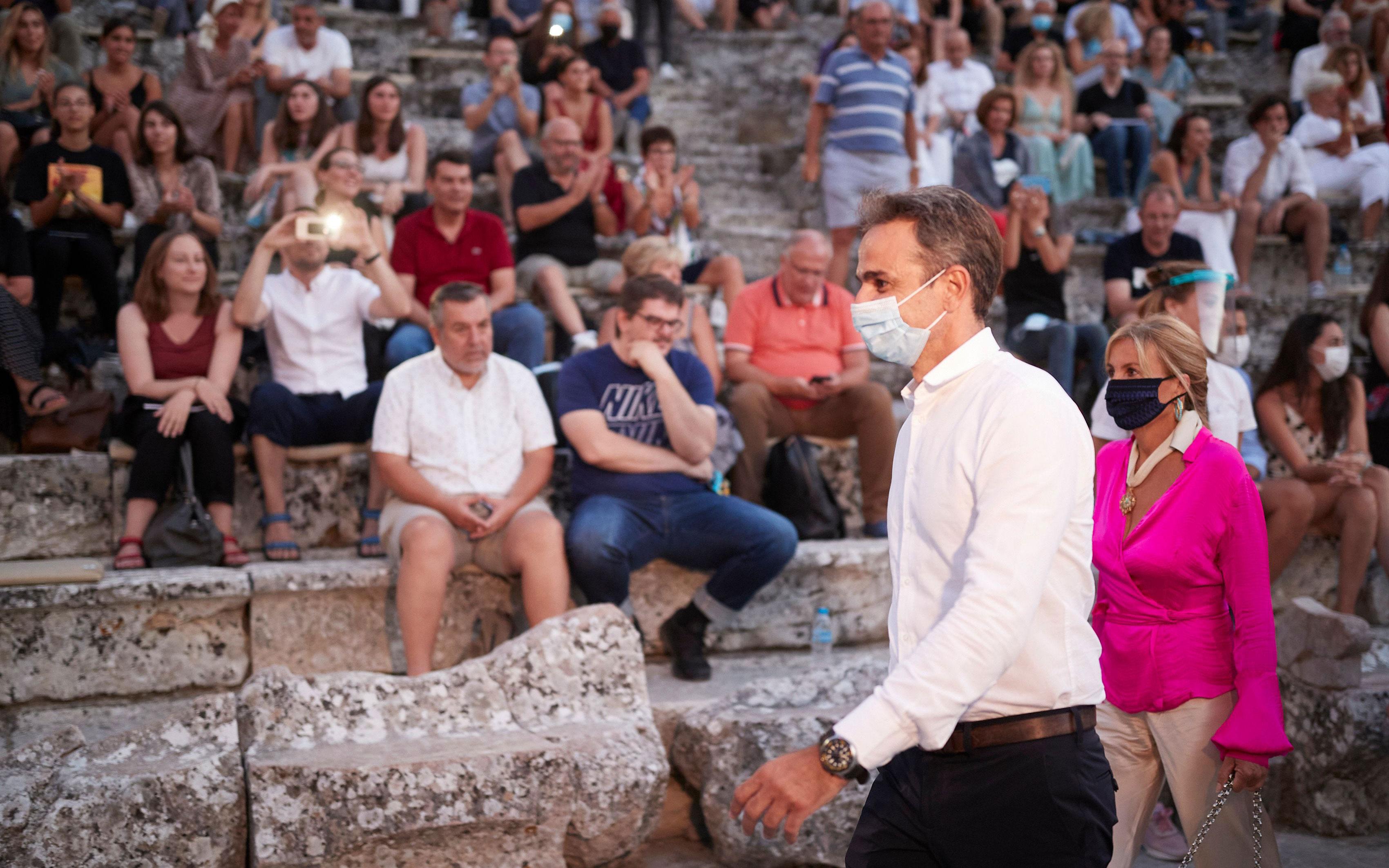 Επίδαυρος: Την τραγωδία «Πέρσες» παρακολούθησε ο Κυρ. Μητσοτάκης